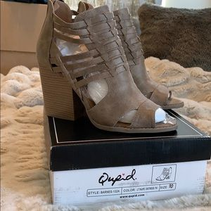 Quipid Women's Heel Shoe size 10
